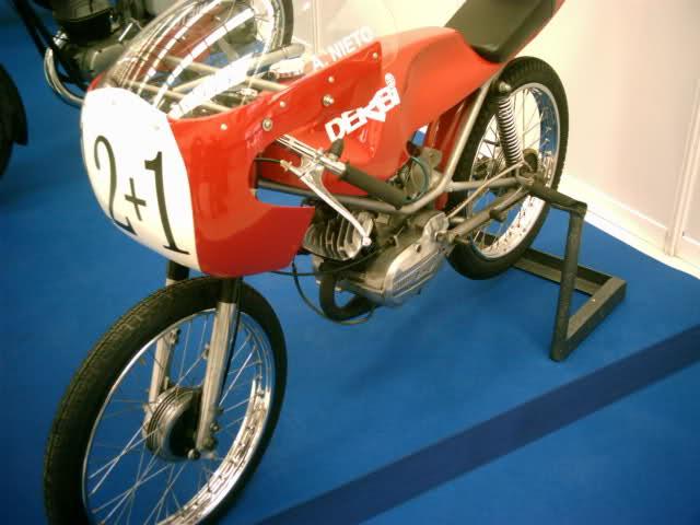 Salón Autoclásico de Ferrol Sz7j94
