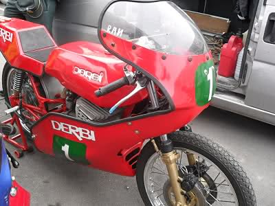 Derbi 2002 de competición Zxqg09