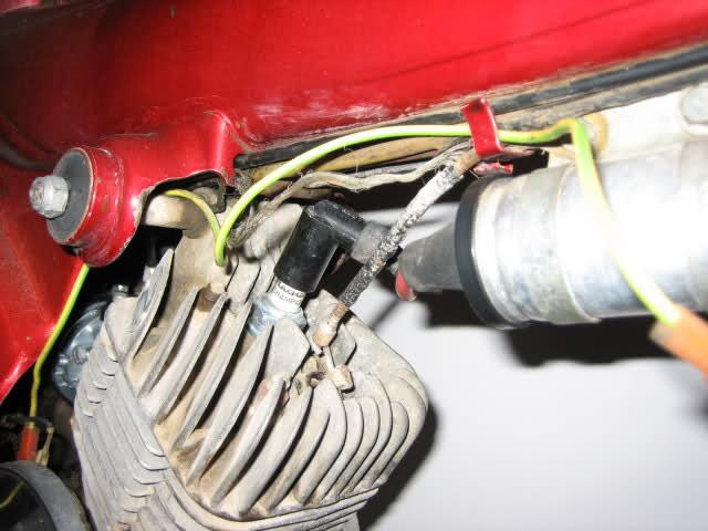 cable de masa - Cable que sale de la bobina hacia el chasis 1tx79g