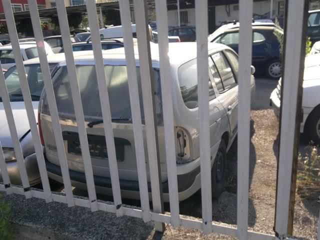 Auto Abbandonate - Pagina 37 2432r8k