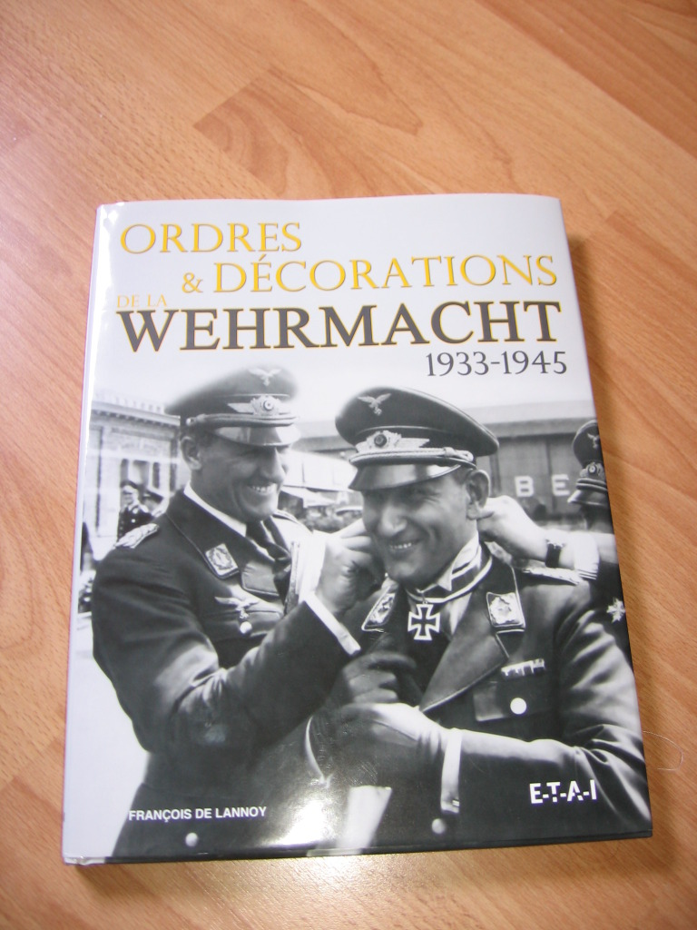 livres  Ordres & Décorations Wehrmarcht  SUPERBE !!!  257jgp3