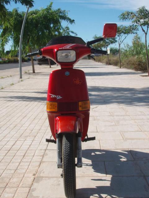 VESPINO - Moto Vespa Delta (el Vespino ilógico) 2l95js1