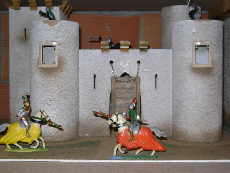 Les figurines anciennes, leurs accessoires et leurs décors. 2n84ldc
