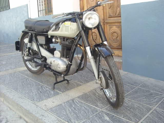 Algunas de mis motos (Bravo) 2ry661x
