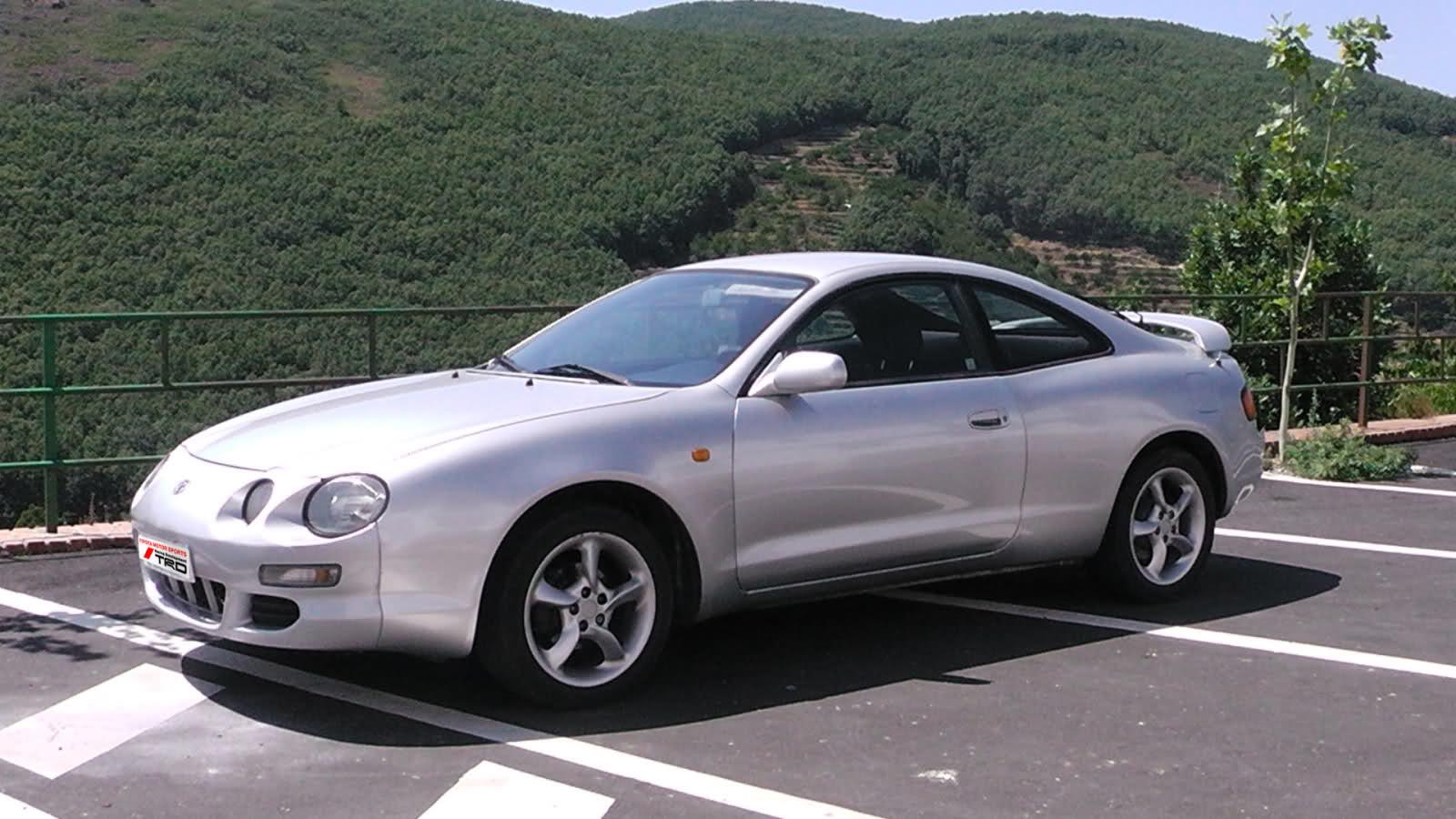 Os presento mi Toyota Celica 1.8St 2yo1esy