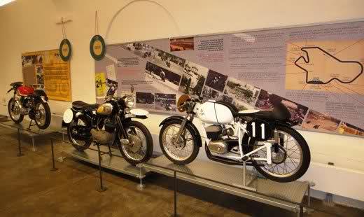 Exposición 24H Montjuich en Museo BCN 2zh2m3c