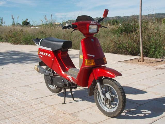 VESPINO - Moto Vespa Delta (el Vespino ilógico) 34eb7f4