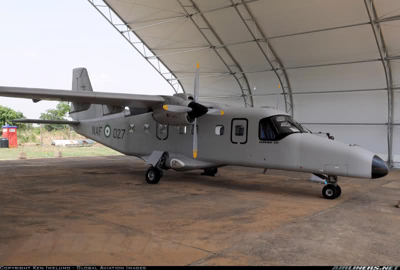 Armée Nigériane / Nigerian Armed Forces 6ns0pe