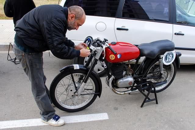 Exhibición de motos clásicas de competición en Beniopa (Valencia) - Página 2 9zwu9k