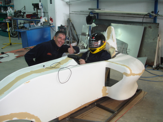 Simulador coches de carrera Made in Valencia - Página 2 Bg36s8