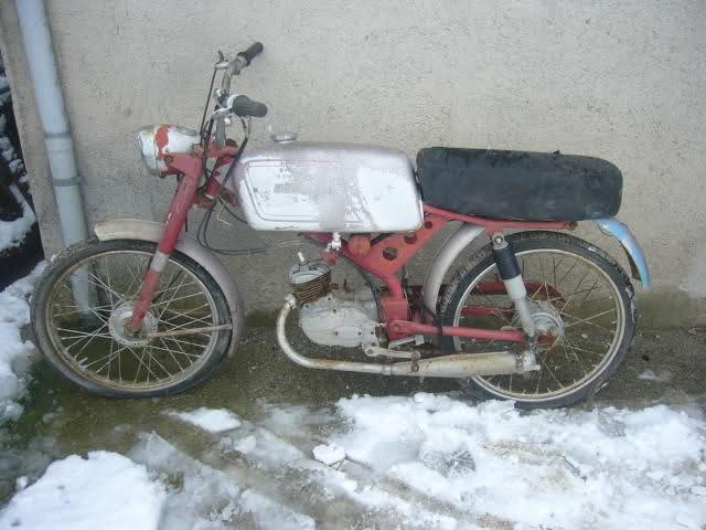 Algunas de mis motos (Bravo) K9uuzo