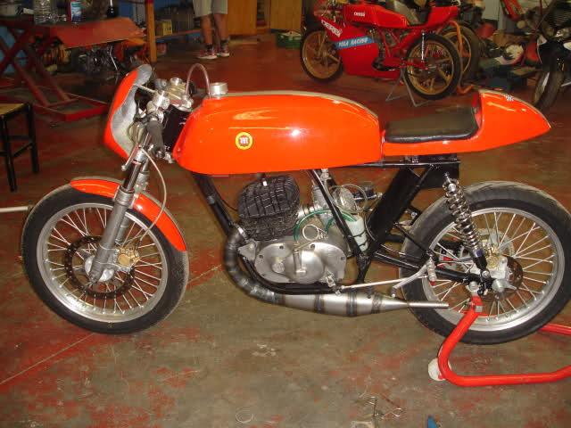 Montesa 250 cc. para circuito Nd2xyv