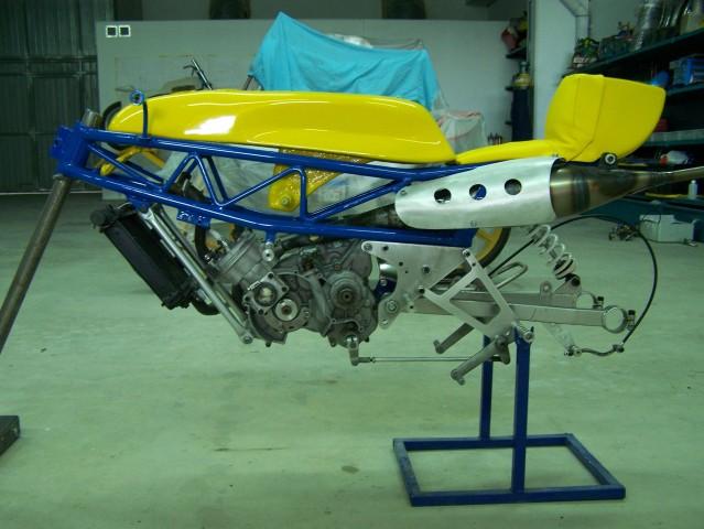 Mis maquetas de la Bultaco TSS 50 MK2 - Página 3 Rm8me8