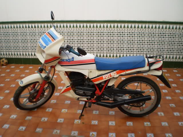Mi Derbi FDX 16m9gdf