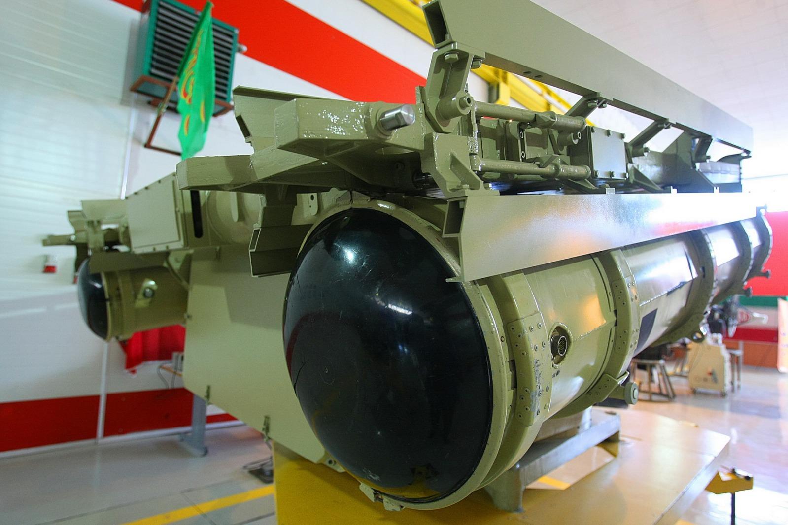 l'industrie militaire iranienne 2cxf15l