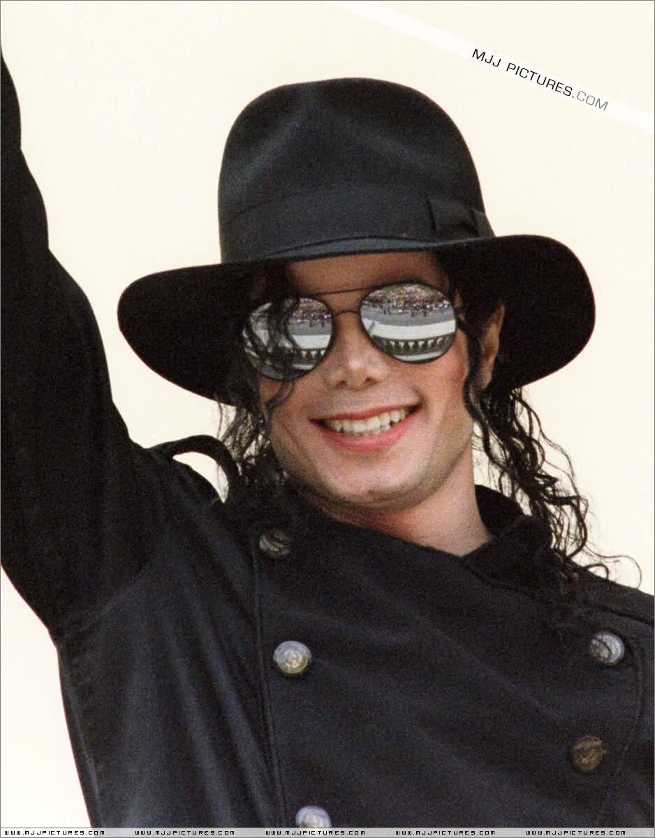 Il sorriso di Michael - Pagina 31 2h2qlhi