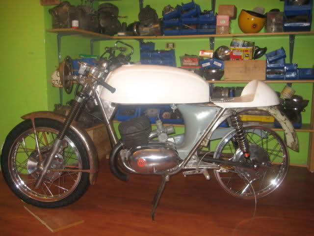 Vuelve la Montesa 24H Gracia-Busquets 2r5z5s7