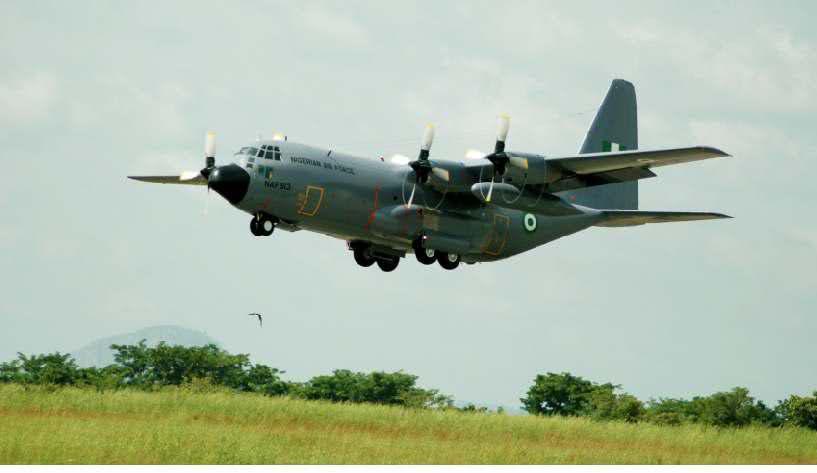 Armée Nigériane / Nigerian Armed Forces 2ro5iea