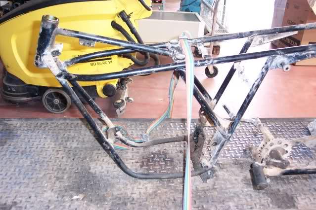 Presentación y retauración Gilera 50 cc deposito verde. 9bkuo2