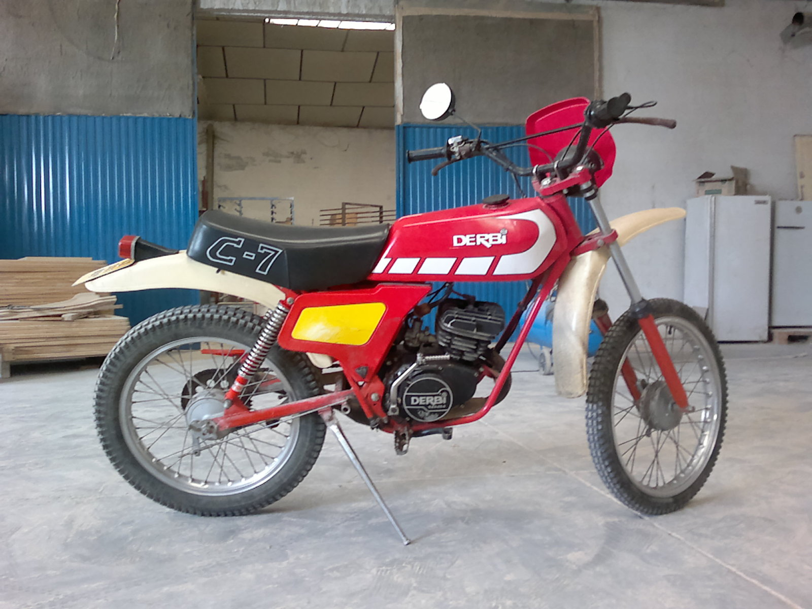 Mi ultima adquisicion: Derbi C7 Descw2