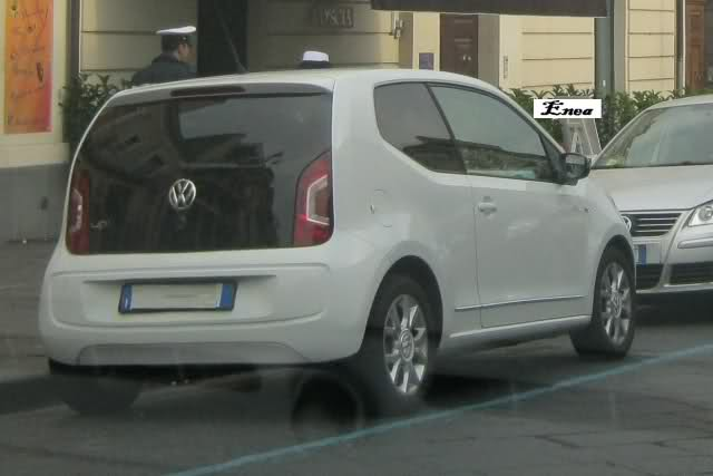 Volkswagen Up! Ivcynm