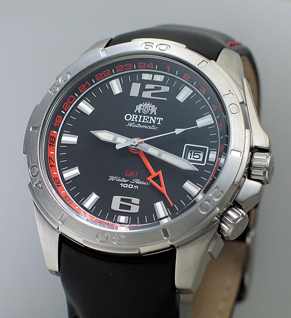 Je recherche une petite montre GMT pour voyage à l'étranger R1ga41