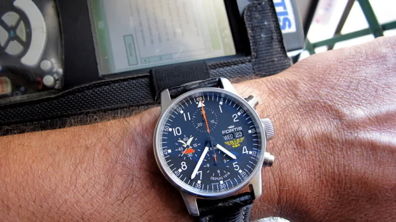 "Fortis limited edition Military Squadrons ""Aviation Embarquée"" X6g1hv"
