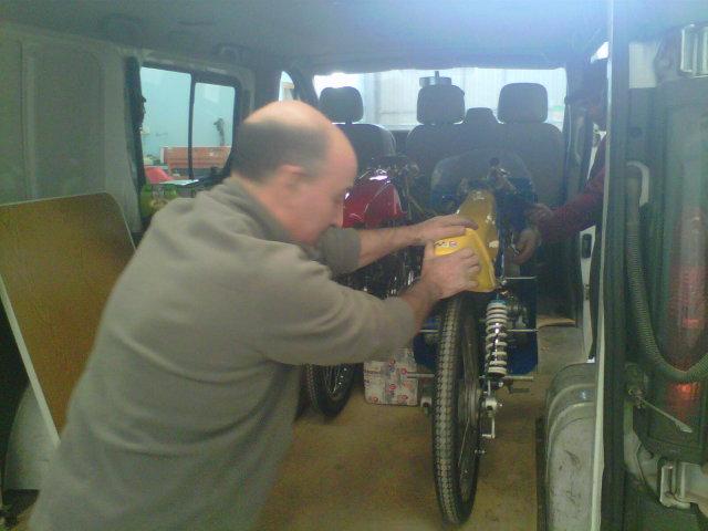 Mis maquetas de la Bultaco TSS 50 MK2 - Página 3 10mvc0g