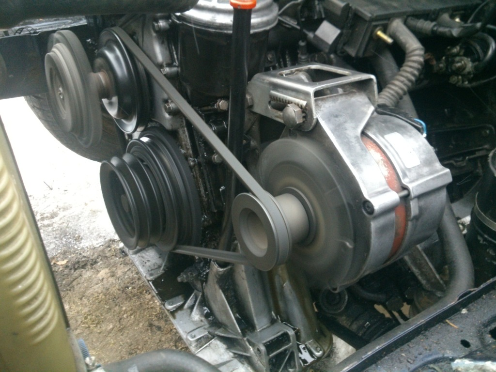 Jonthä - Bmw  318is turbo.  - Sida 3 10shjc0