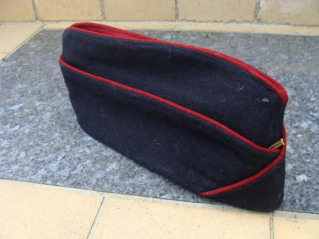 Les bonnets de police 14dg7pc