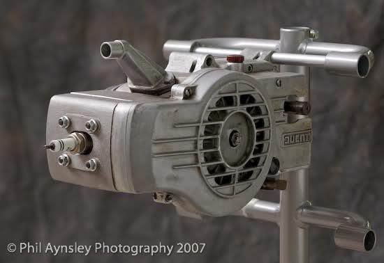 Que cantidad de ciclomotores Ducati juntos 1ftmbm
