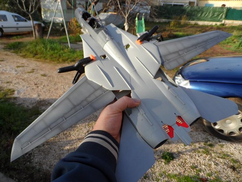 GRUMMAN F14A TOMCAT Tamiya 1/32è - Page 3 1jvr43