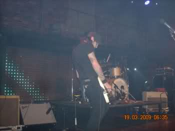 TGA pics from the MTV live show. 1sed04