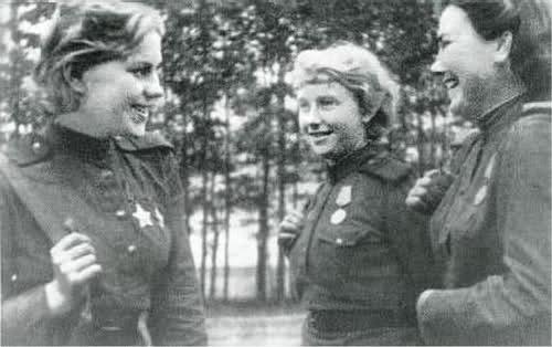 Femmes en guerre 24v1fs5