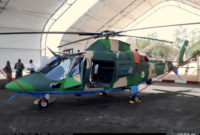 Armée Nigériane / Nigerian Armed Forces 29mk5sh