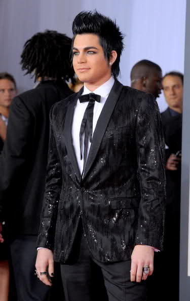 Adam to Grammy Red Carpet - Page 2 29upuea