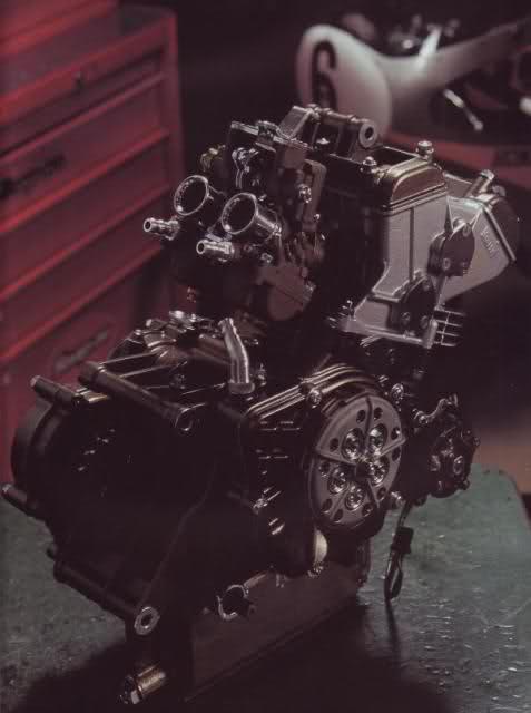 Amoticos de 50 cc GP 2lacye9