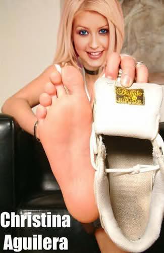 [Tema Oficial] Fotos FAKE de Christina Aguilera... jajaa - Página 2 2llog93