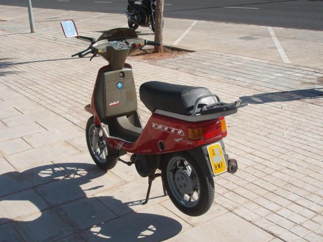 VESPINO - Moto Vespa Delta (el Vespino ilógico) 3130squ