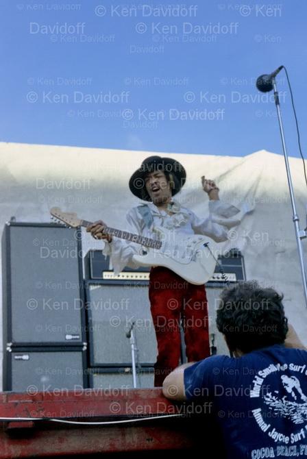Miami (Miami Pop Festival) : 18 mai 1968 [Premier concert] 5u44jp