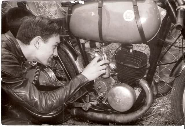 Fotos y biografía de César Gracia 5zfgp4