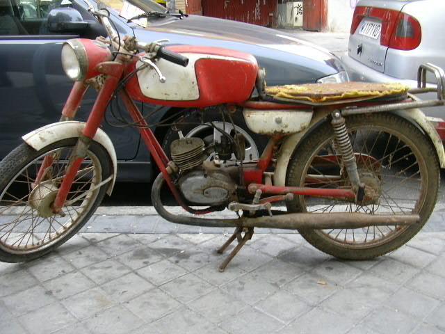 ducati - La Ducati SL y la MT SL N70g06