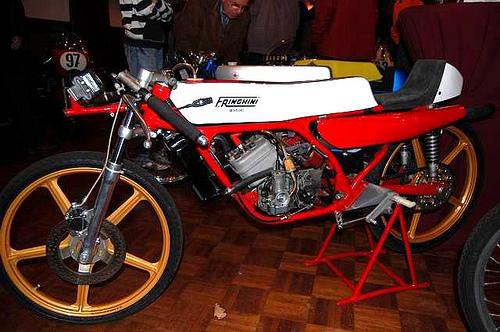 Amoticos de 50 cc GP O07121