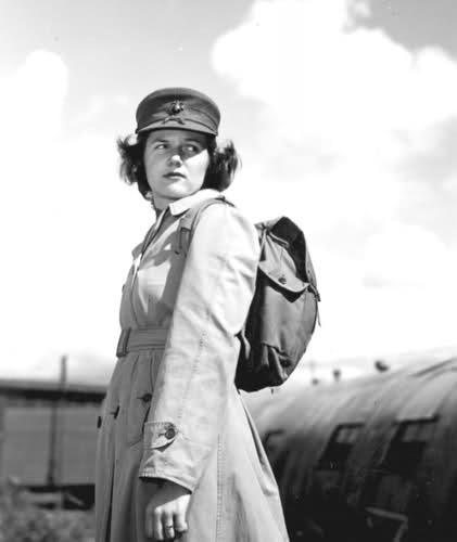 Femmes en guerre Rhstxc
