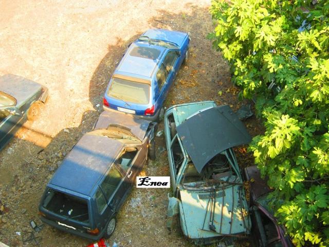 Auto Abbandonate - Pagina 37 Svgv3m