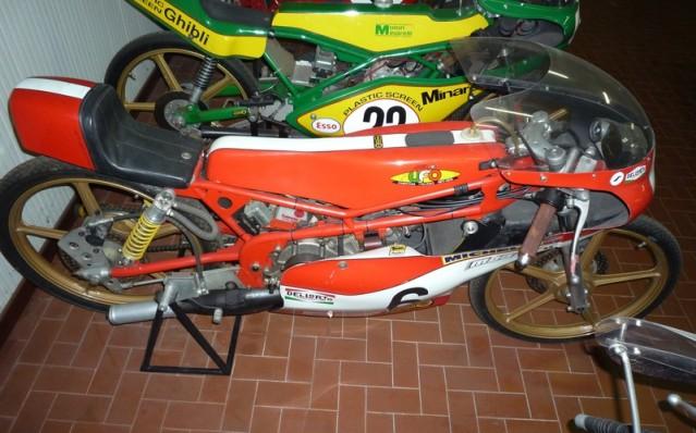 Amoticos de 50 cc GP Sz7jox