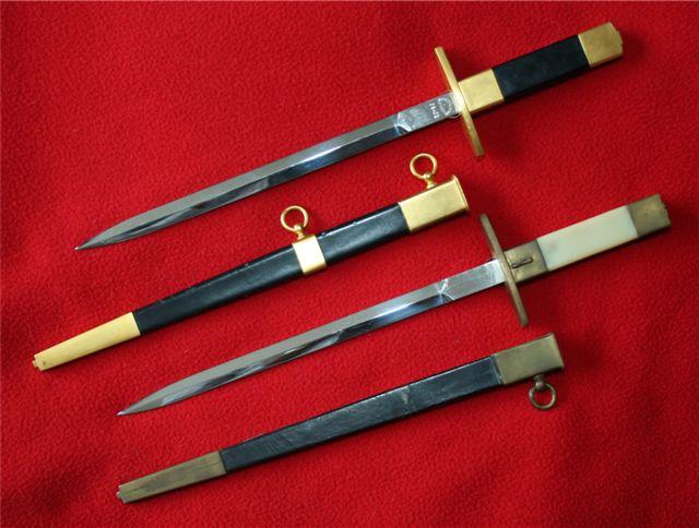 collection de lames de fabnatcyr (dague poignard couteau) Vddchs