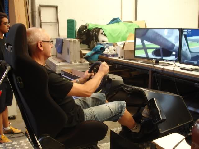 Simulador coches de carrera Made in Valencia Wi639z