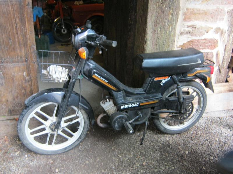 MotoGac Coma Harwar Wj8cid