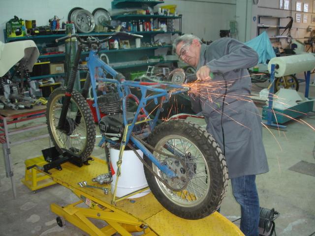 Montesa 125 Dirt-Track Yyyv6